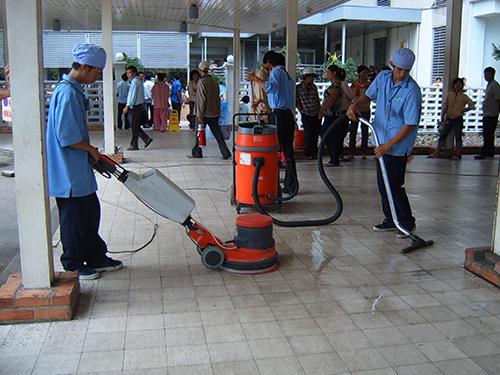 Sổ tay chạy máy đánh bóng sàn bê tông thương hiệu yoshino uy tín ở kề bên đường Phạm Văn Chí quận 6